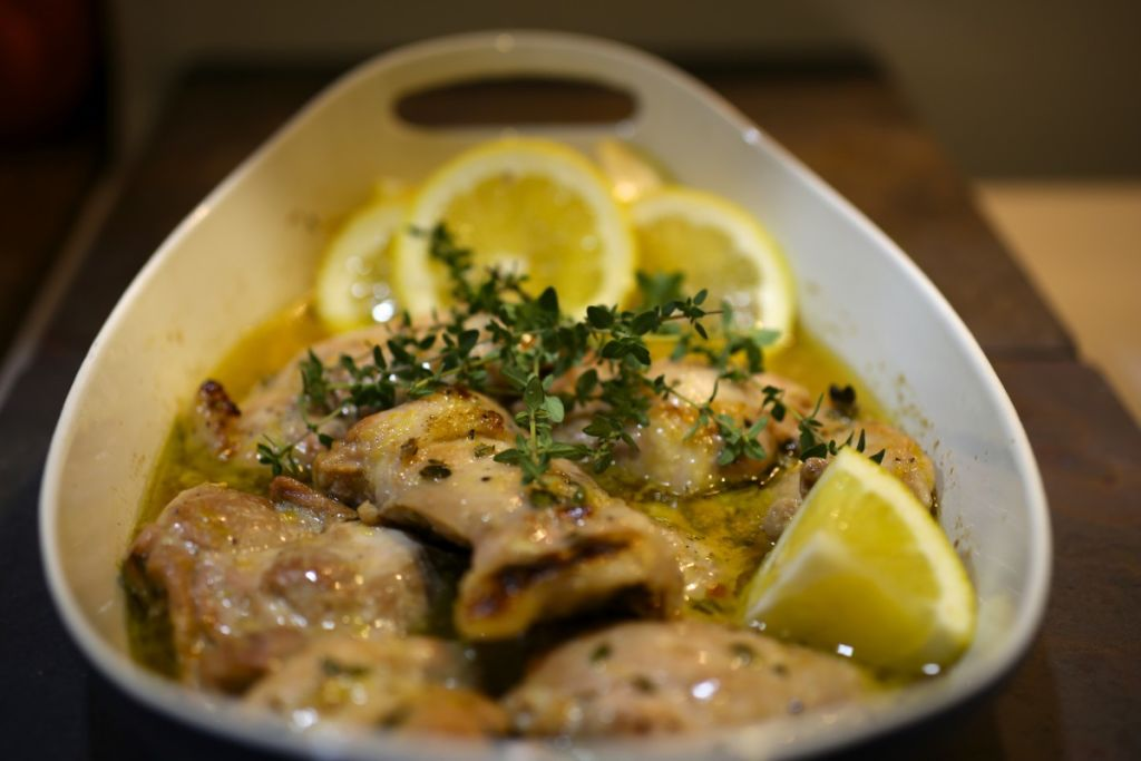 Baked chicken thighs with lemon and garlic nerds with knives baked chicken thighs with lemon and garlic forumfinder Image collections