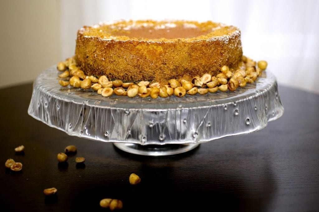 Hazelnut Cheesecake with Praline