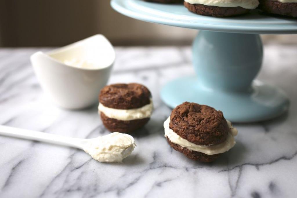 Brownie Bites with Vanilla Mascarpone Filling