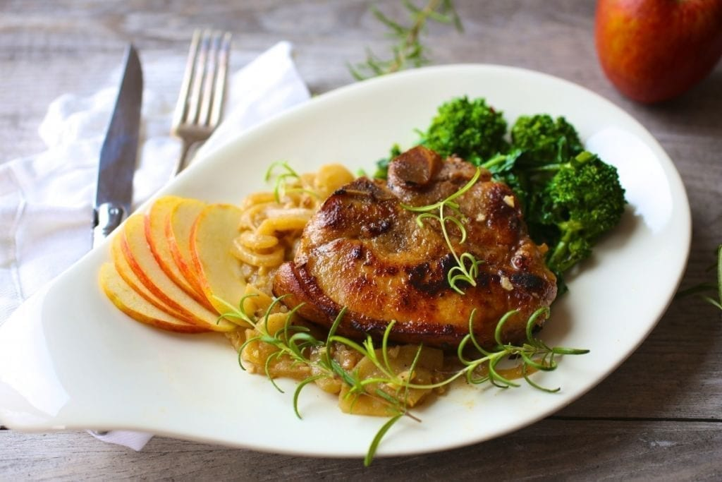 Pan-Seared Pork Chops with Apples and Onions