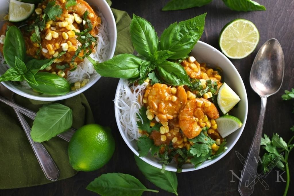 Shrimp curry with Sweetcorn and Coconut - Nerds with Knives