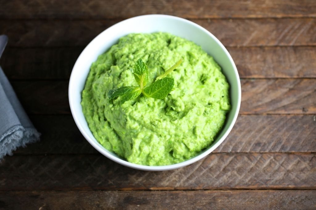 Pea purée with mascarpone and mint