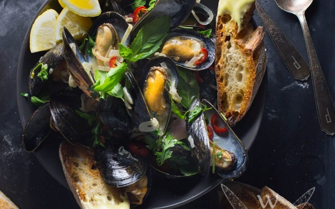 Steamed Mussels With Wheat Beer and Basil