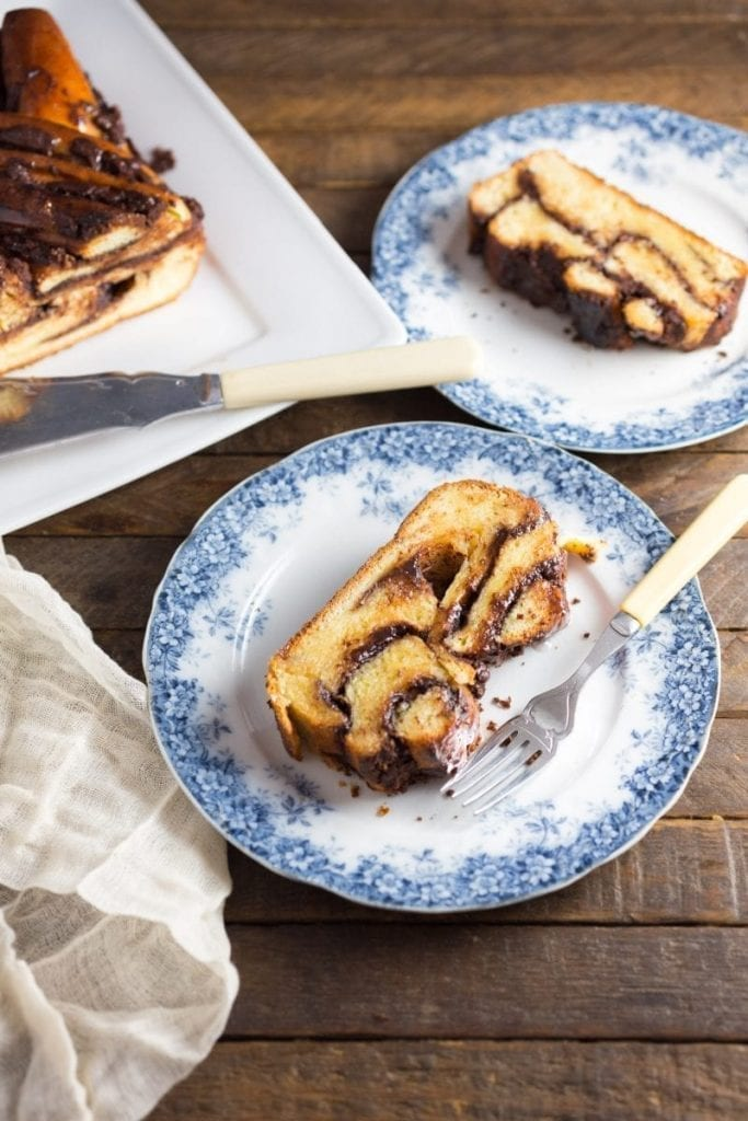 Unbelievably Delicious Chocolate Babka