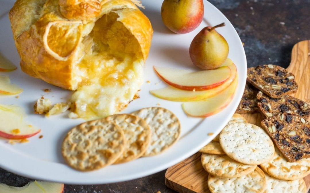 Baked Brie en Croûte With Apple and Pear Compote